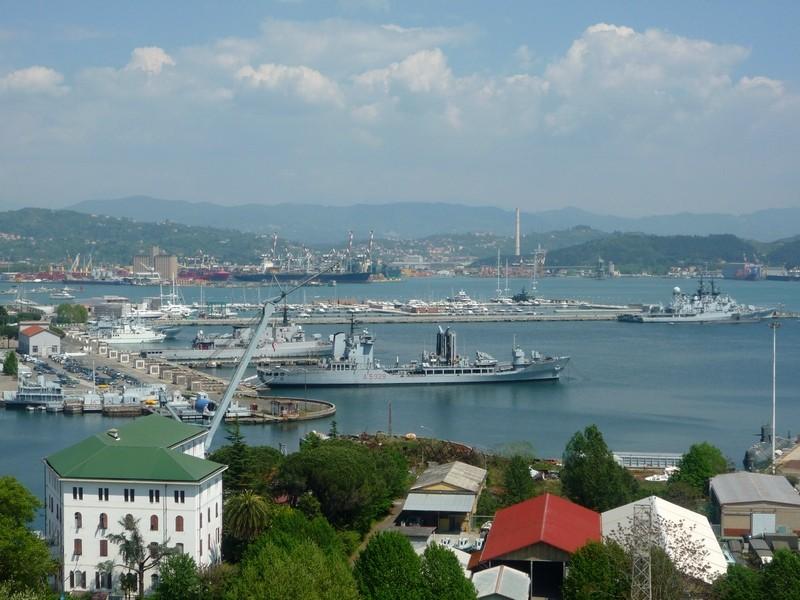 Военно-морской порт в Специи