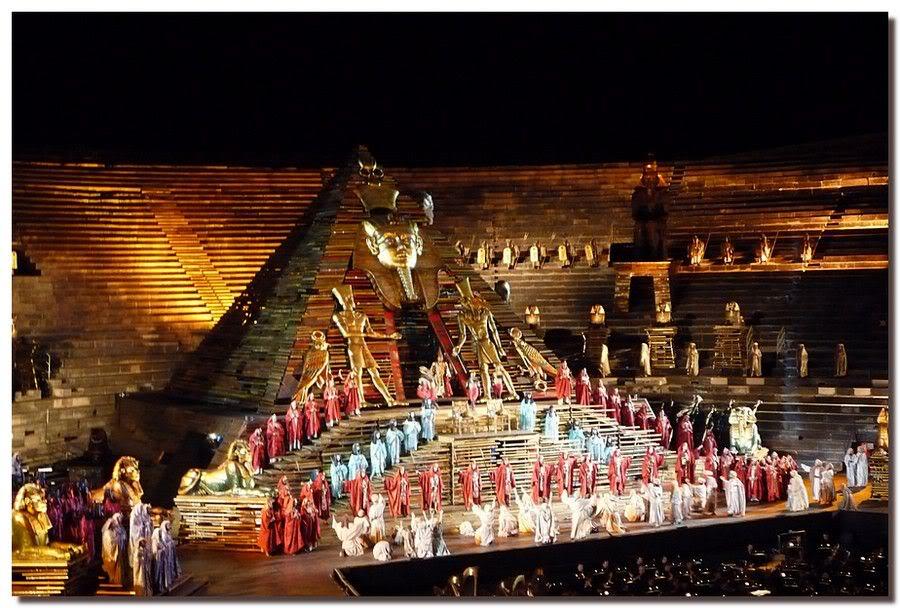 Опера Аида в стенах Арены