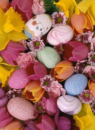 цветы и пасхальные яйца