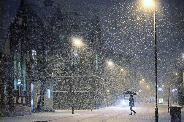 Близким sms все хорошо идет снег