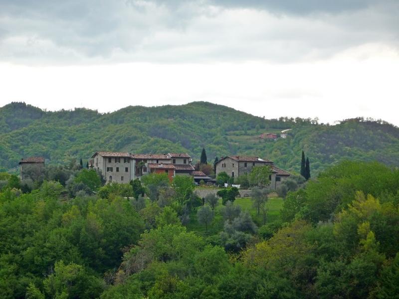 Дома в горах. Ломбардия
