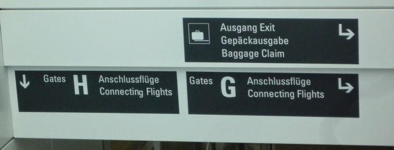 Указатели в аэропорту Мюнхена